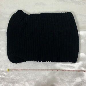 ❤️5/25$❤️Scarf roll black acrylic soft womens EUC